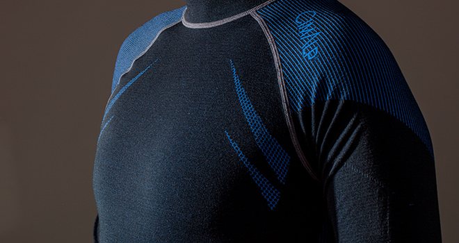 Thermal baselayer with silk